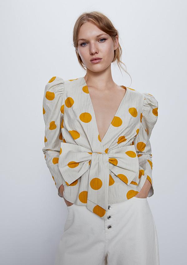 Camisa con lazo de Zara