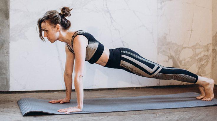 Cómo entrenar piernas, abdomen y glúteos en casa