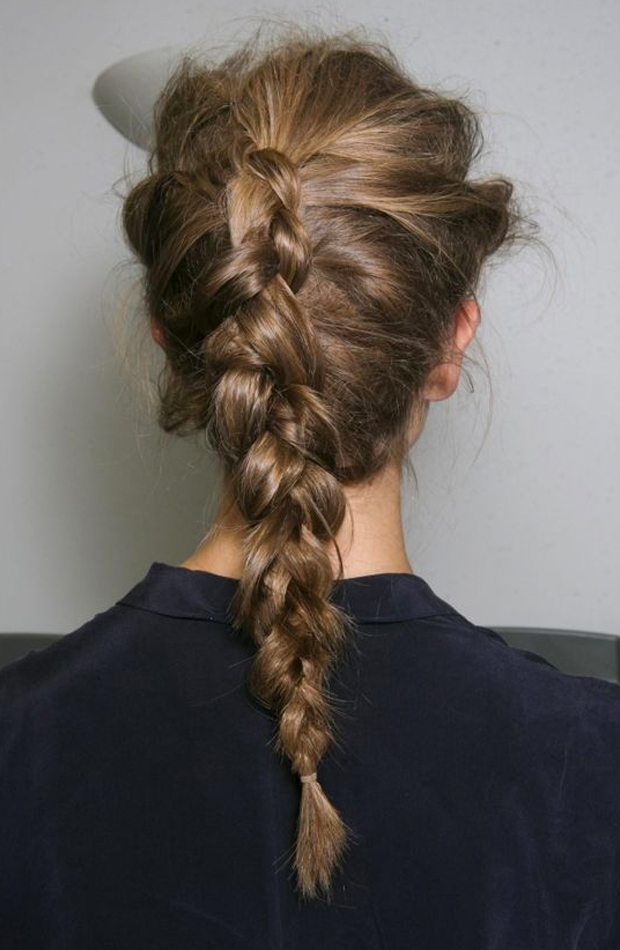 peinados fáciles para casa Trenza invertida