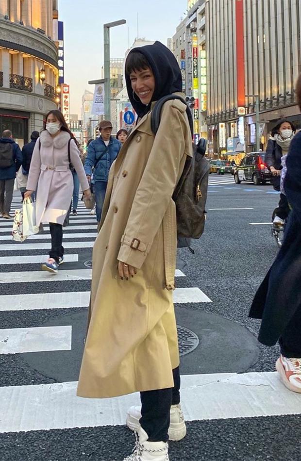 Úrsula Corberó estilo mejores looks para viajar por japón tokio tokyo