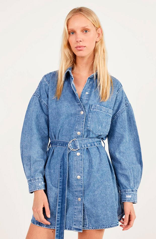 vestido camisero azul vaquero bershka