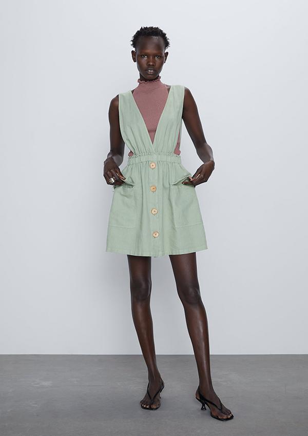 Vestido de Zara estilo pichi verde