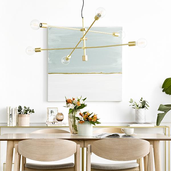 Lámpara suspendida dorada de Kenay Home