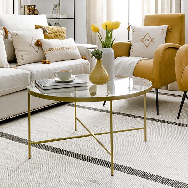Mesa de centro dorada de Kenay Home