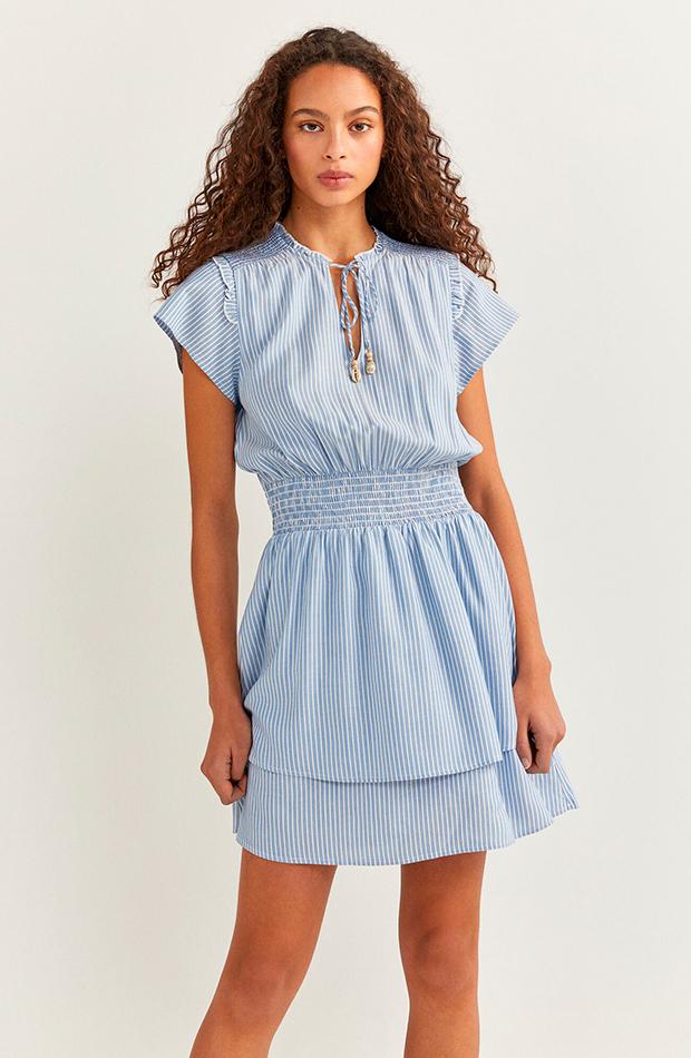 Vestido azul de Springfield colores pastel