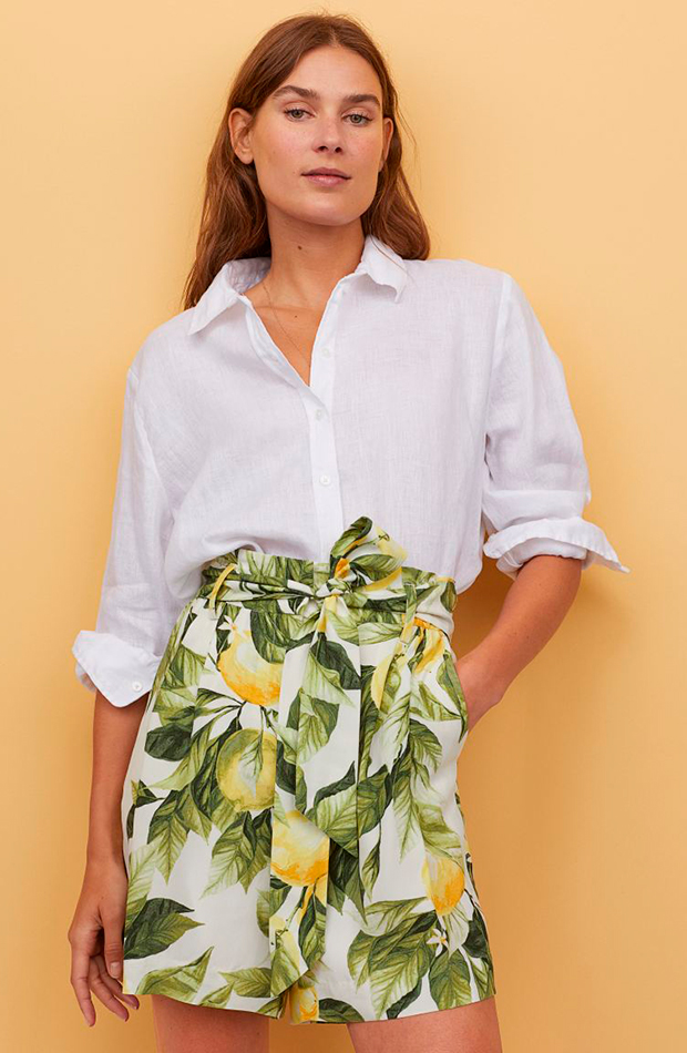 pantalones para verano Short estampado de limones de H&M