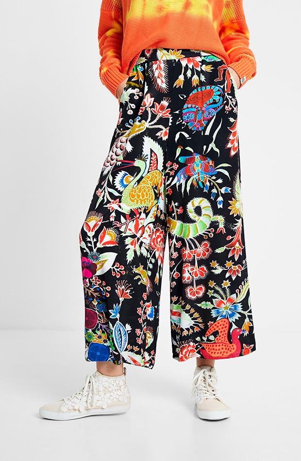pantalones para verano Pantalón estampado de Desigual