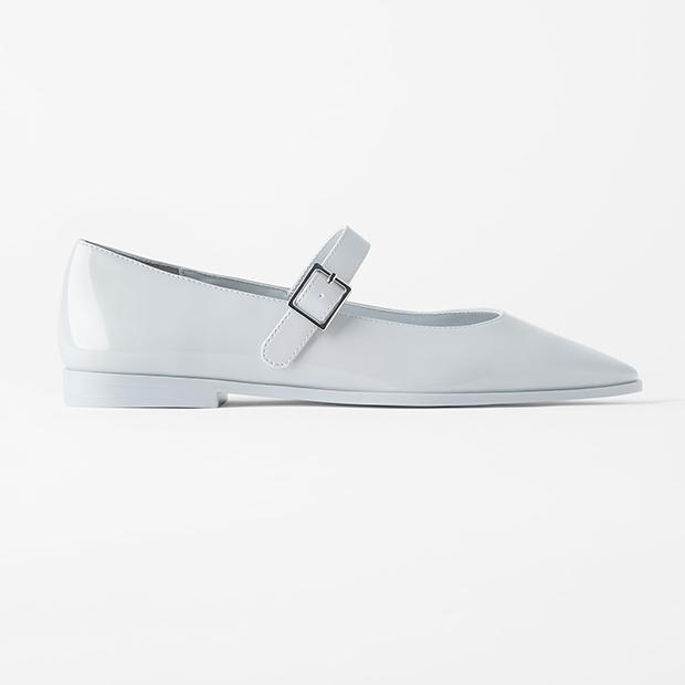zapatos tendencia verano 2020: Bailarinas Mary Jane