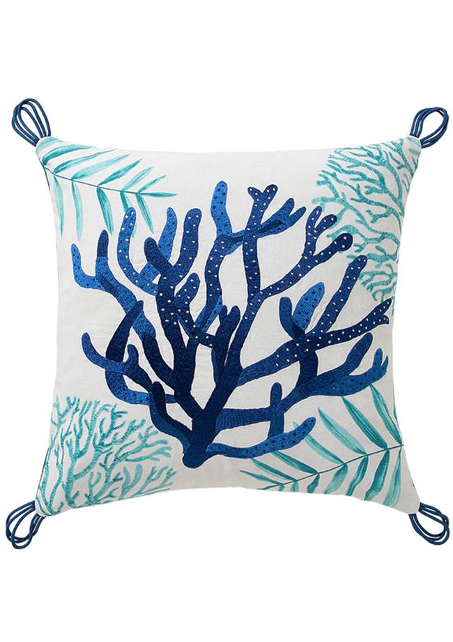 decoracion minimalista Cojín con detalle de coral de El Corte Inglés