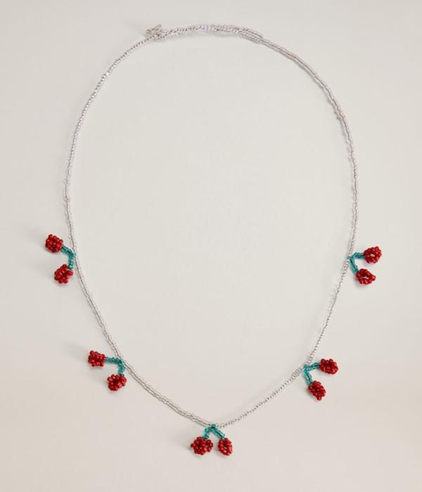 collares de bolitas de colores con cerezas de Mango