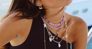 Los collares de bolitas más ideales para sucumbir a la moda más teen