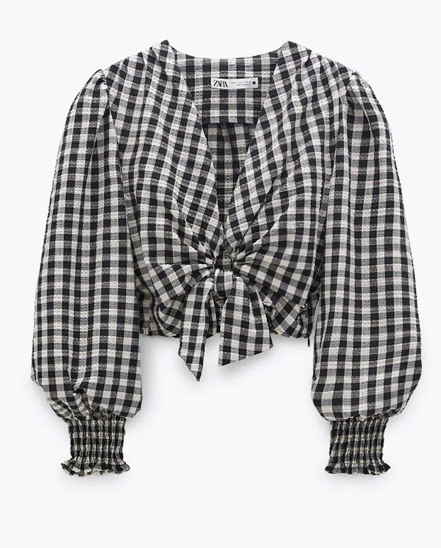 Blusa con lazada de Zara con estampado de cuadros vichy