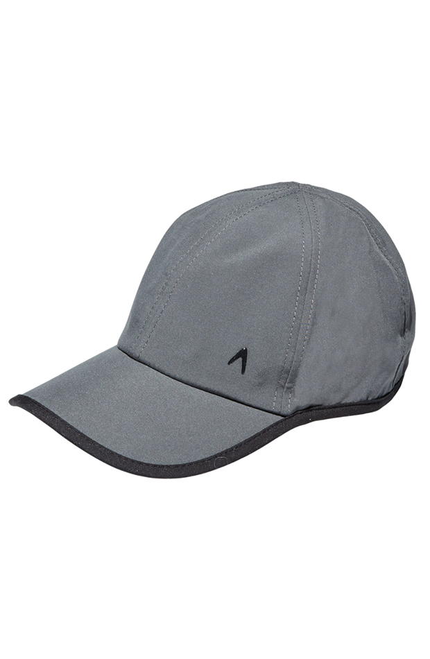 ropa deportiva gorra de boomerang