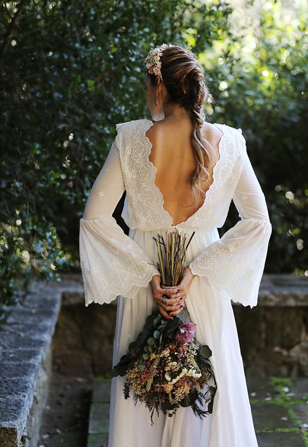 Confesiones de una boda con vestido con espalda abierta