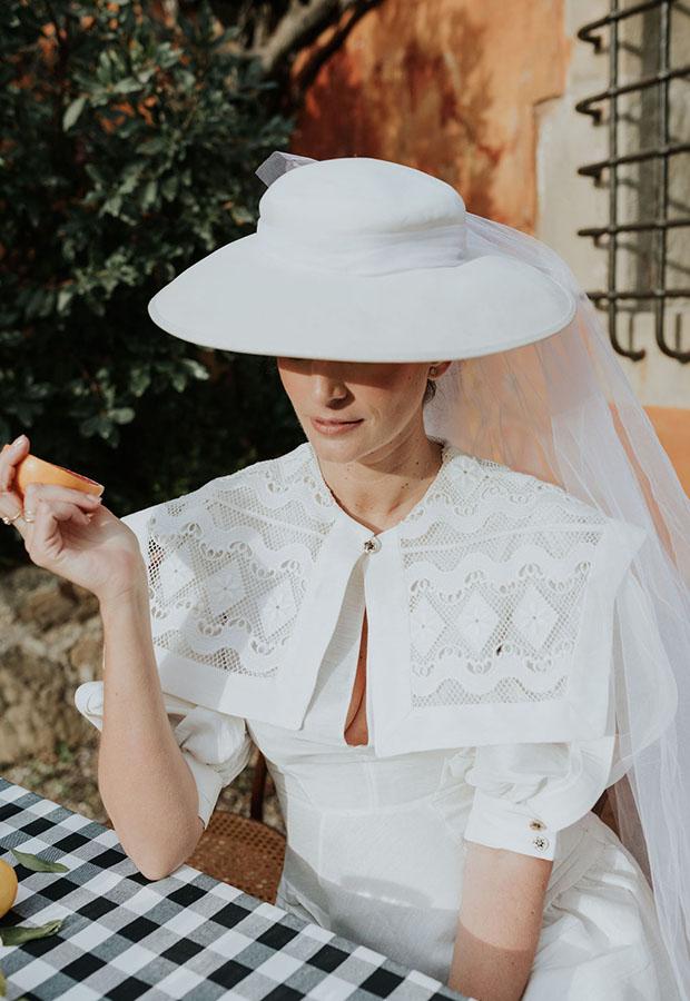 Confesiones de una boda con vestido con cuellos