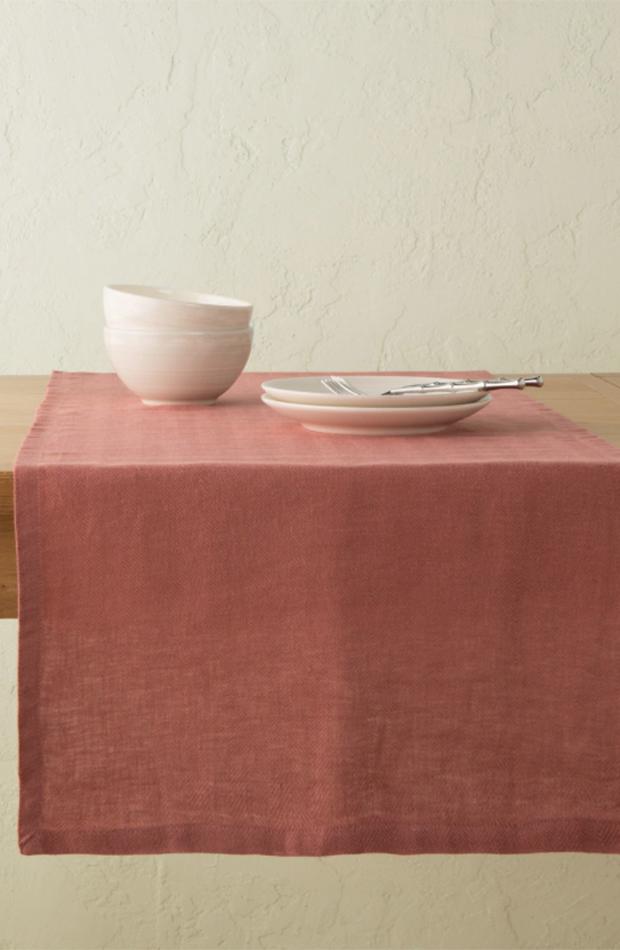 menaje de mesa Camino de mesa de lino de El Corte Inglés