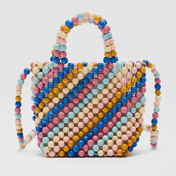 Bolso de cuentas multicolor de niña de Zara Kids