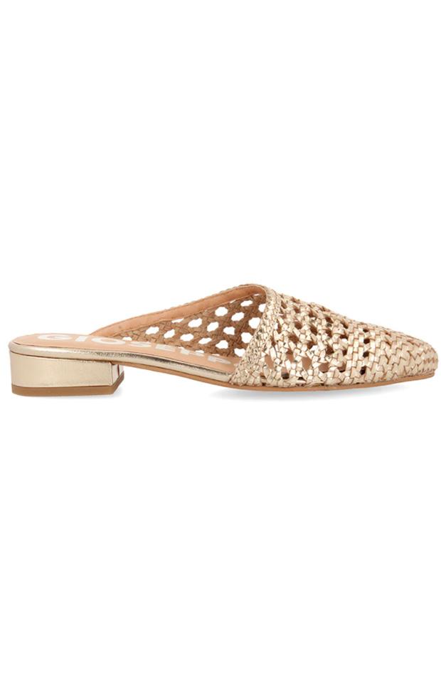 sandalias de Gioseppo con troquelado dorado