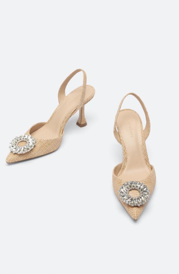 tendencias para invitadas Zapatos joya de Uterqüe
