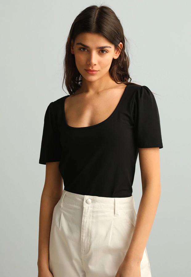 camisetas basicas Camiseta con cuello olla de Fórmula Joven