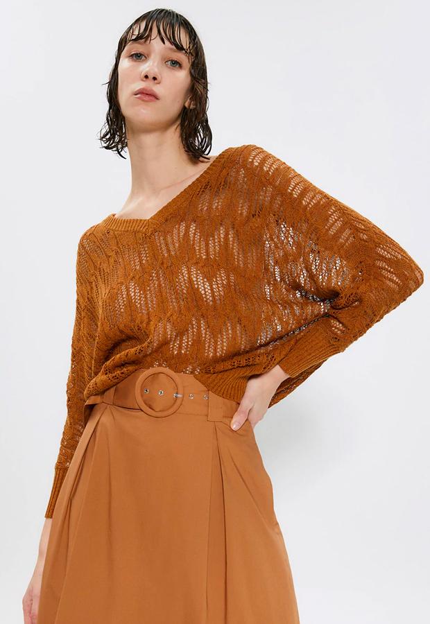 Jersey calado de mujer con manga murciélago de Sfera prendas con transparencias