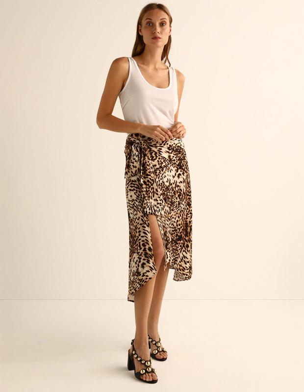 Falda estilo pareo de leopardo