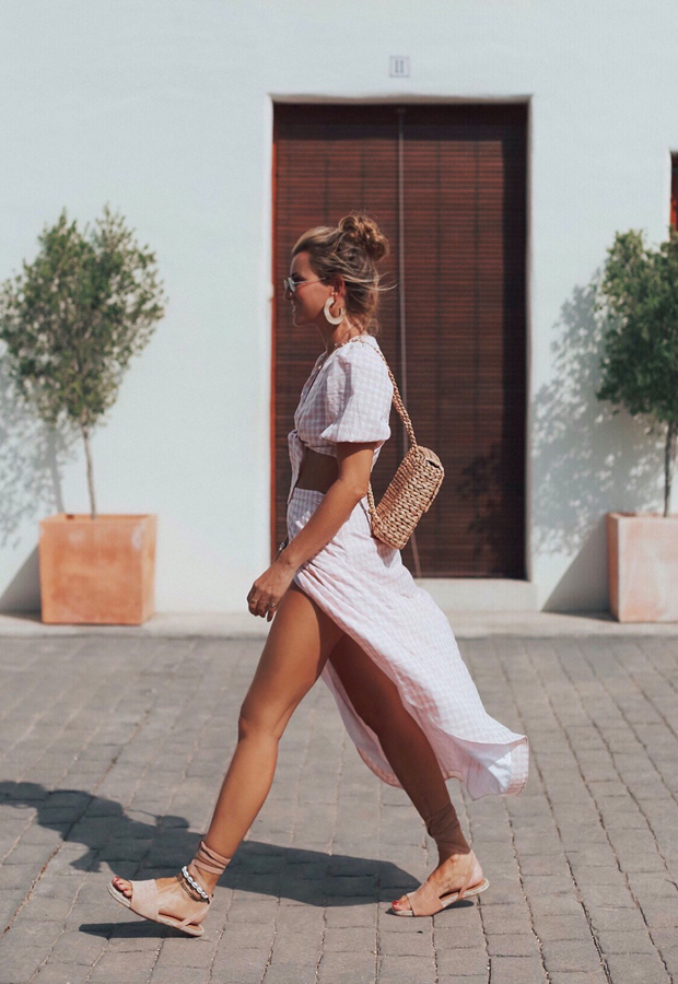 vestido rosa de cuadros Looks de Bartabac verano