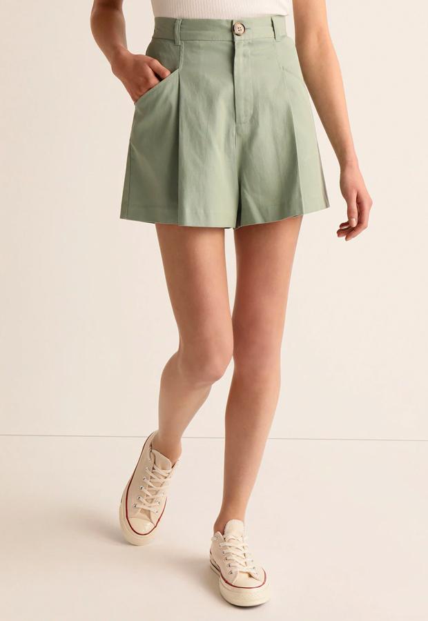 Short fluido con pliegues de Easy Wear shorts verano 2020