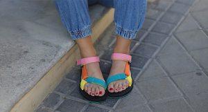 Ugly sandals, el calzado que arrasa este verano