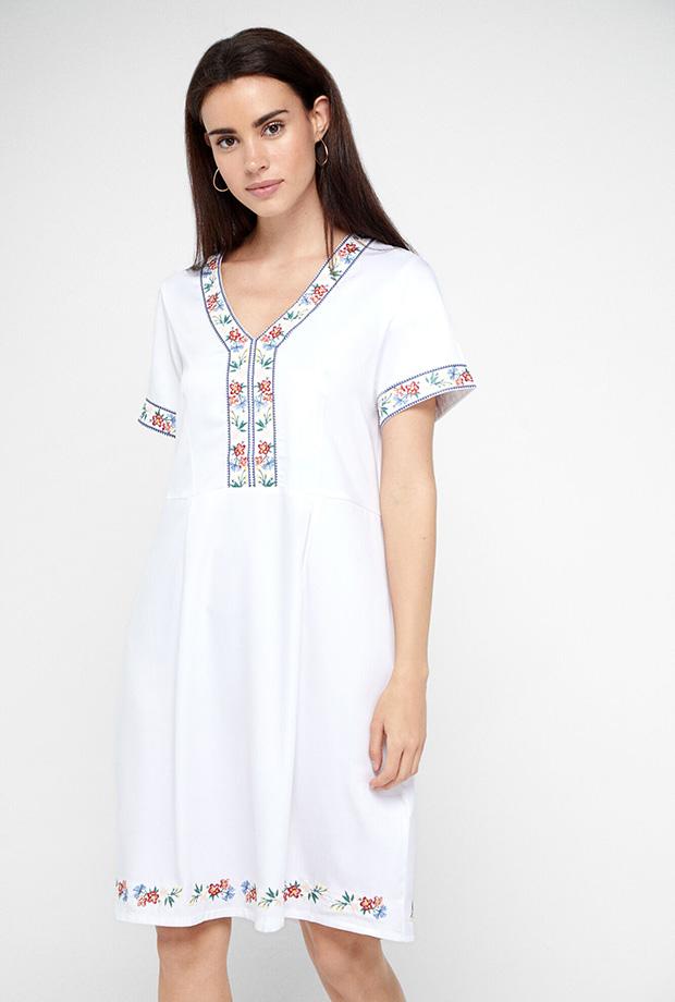 Vestidos de Cortefiel para verano con bordados