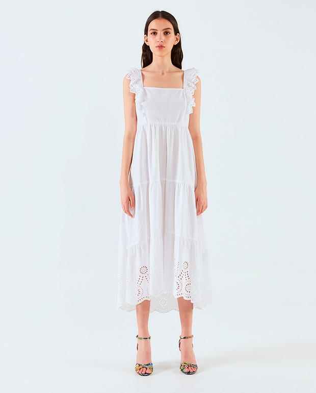 Vestido playero blanco con calados de Sfera