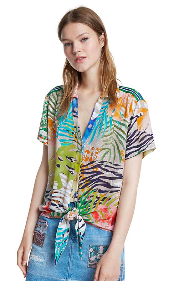 estampado tropical Camisa de mujer de manga corta con estampado tropical Desigual