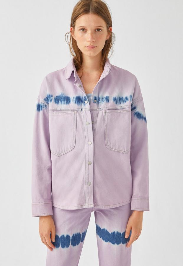 novedades Pull and Bear 2020 Camisa lila tie-dye
