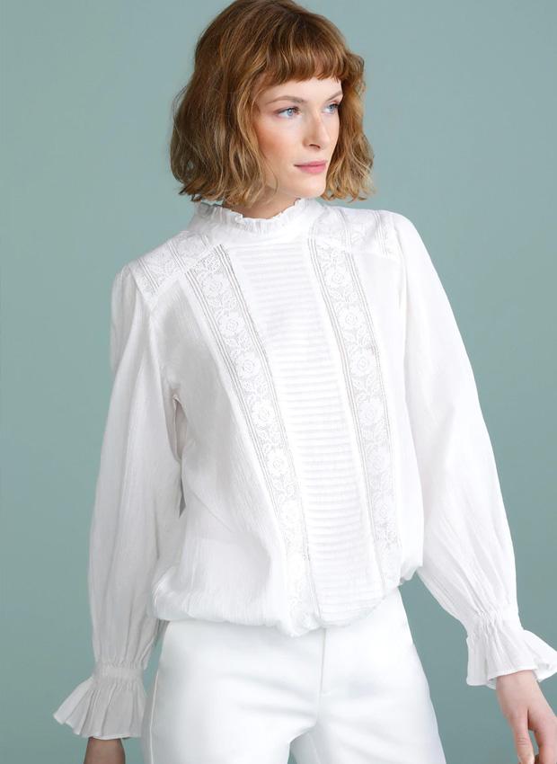 Camisa tendencia romántica en blanco