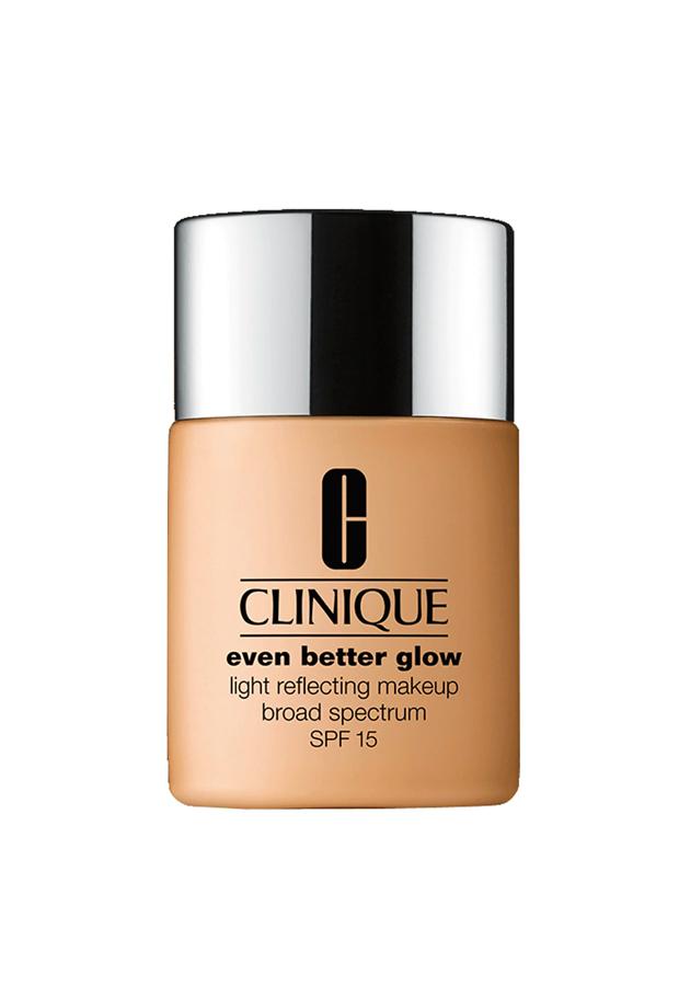 Base de Maquillaje Efecto Luminoso Even Better Glow SPF 15 Clinique