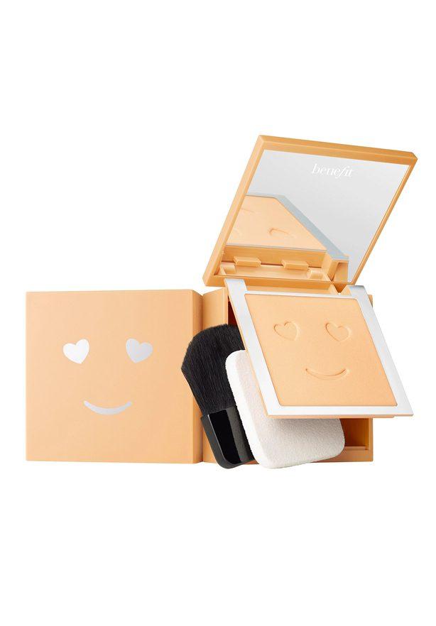 bases de maquillaje en polvo Hello Happy Powder de Benefit Cosmetics