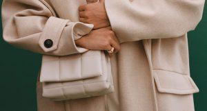 Los bolsos acolchados son supertendencia