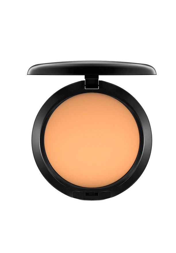 bases de maquillaje en polvo Studio Fix Powder Plus Foundation de M.A.C.