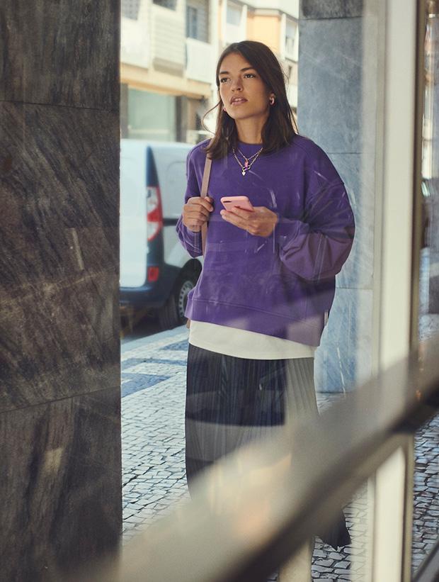 Sudadera violeta de Parfois otoño 2020