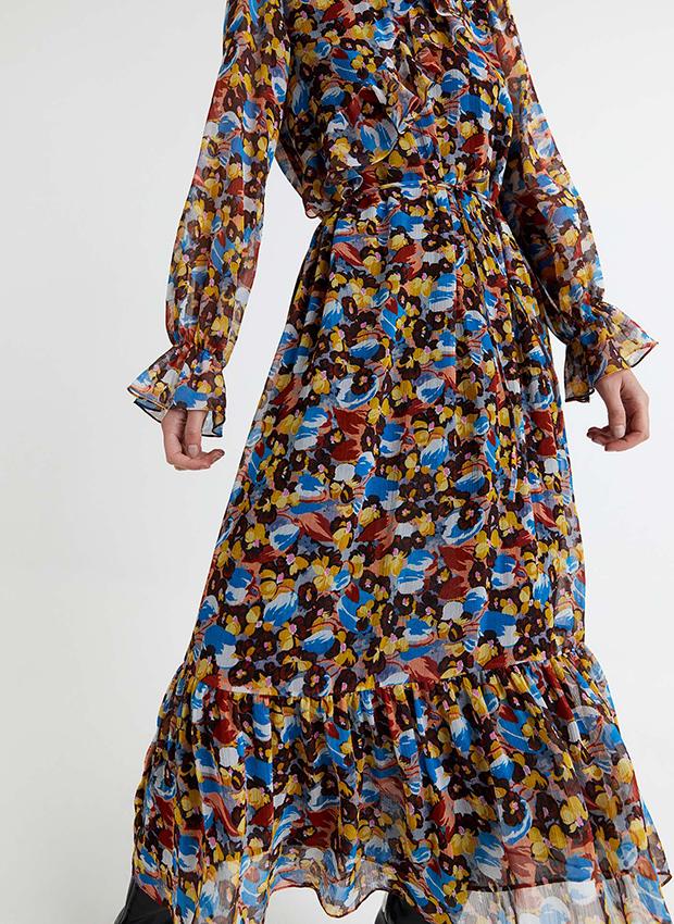Vestido de flores de Sfera otoño invierno 2020 2021