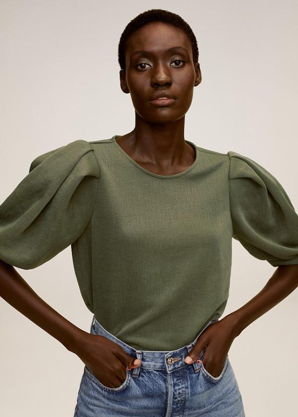 Camiseta con manga abullonada en color verde