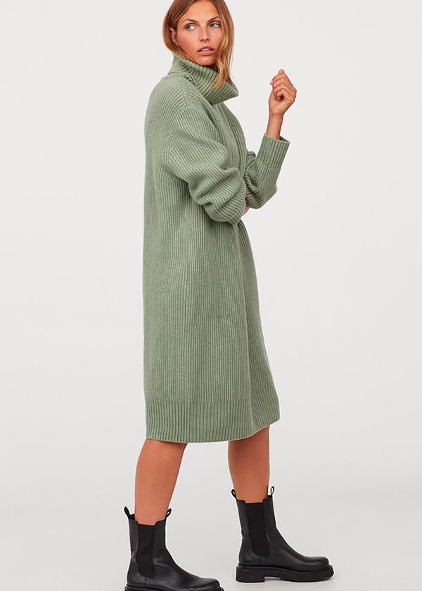 Vestido midi de punto en color verde de H&M