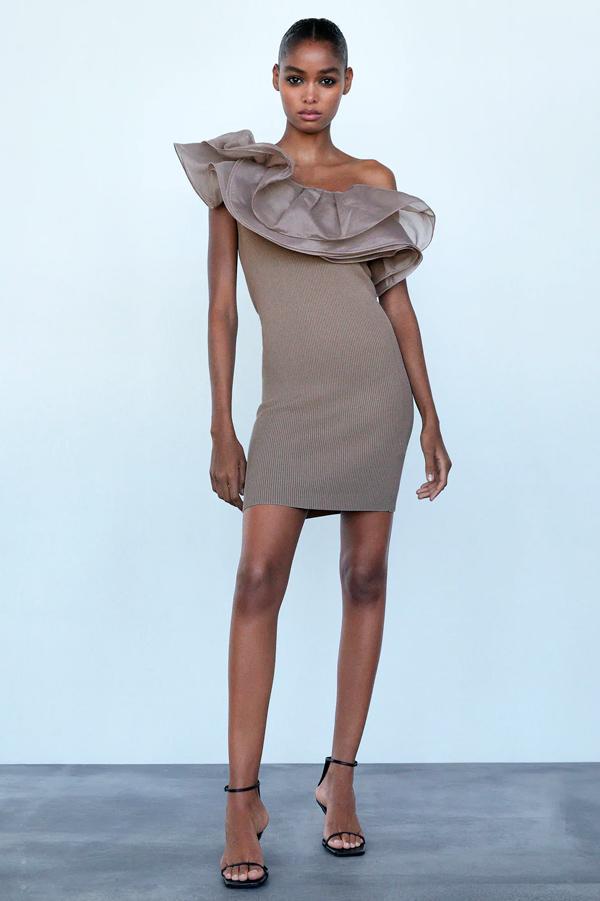 Vestido de Zara de punto con volante de organza