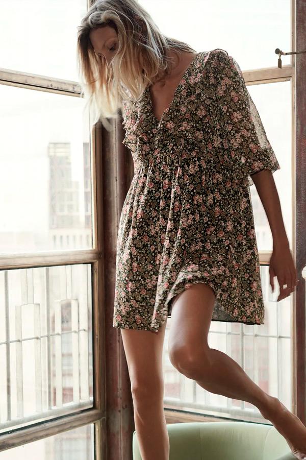Vestido de Zara con flores