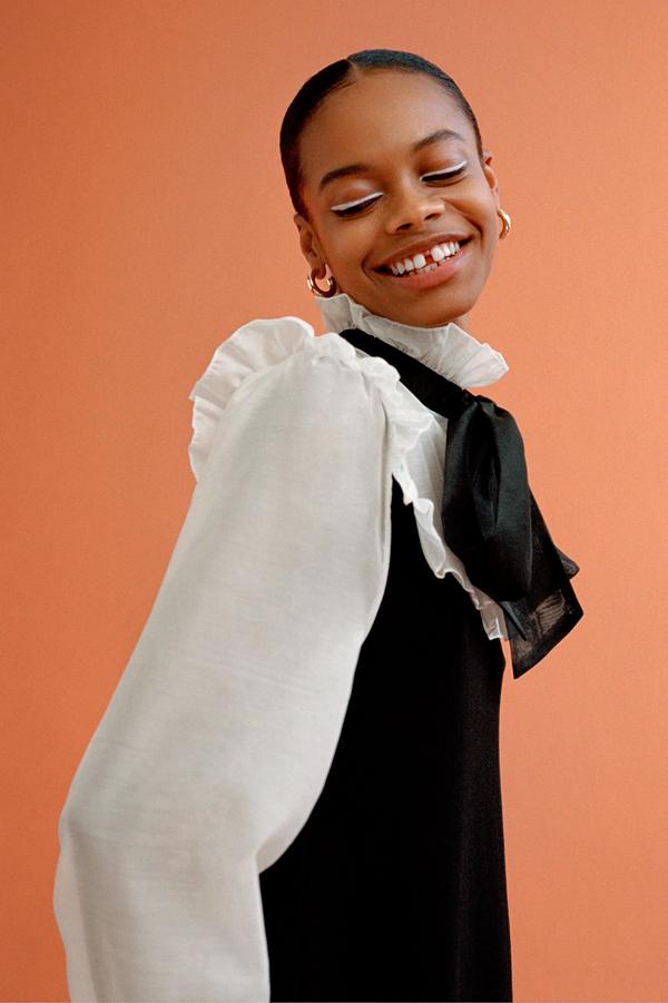 Vestido de Zara con lazo y volantes
