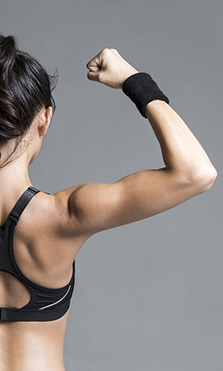 Cómo fortalecer y tonificar los brazos sin machacarse en el gimnasio