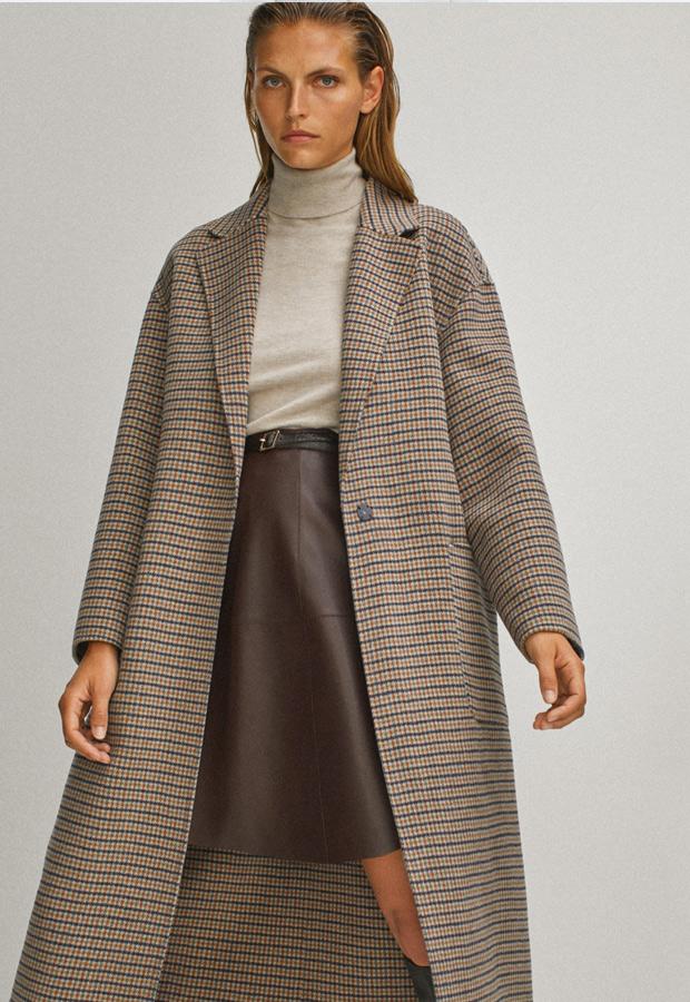 Abrigo de cuadros de Massimo Dutti