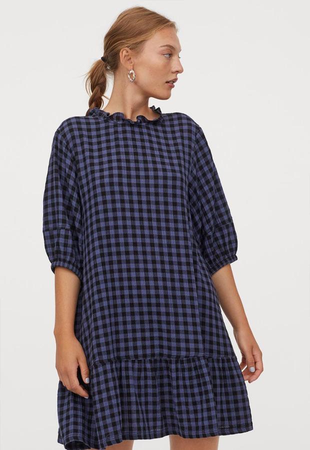 Vestido de estampado de cuadros de H&M