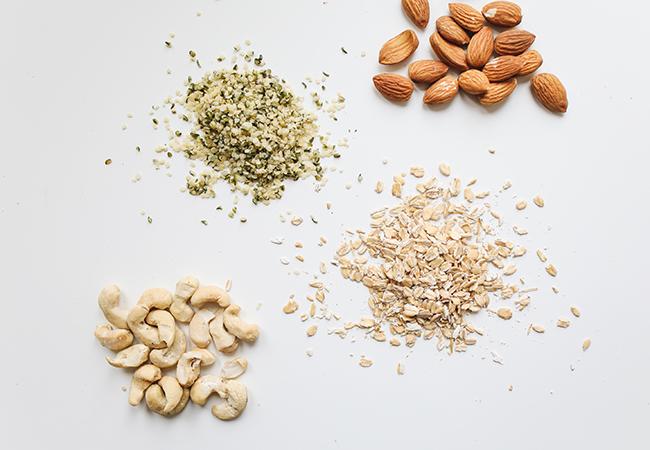 Alimentos saludables para picar entre horas