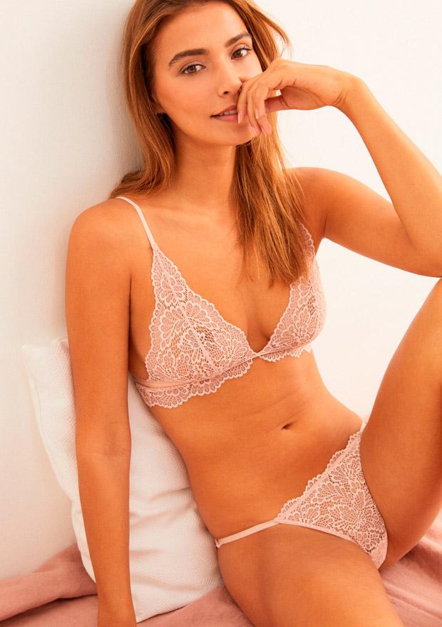 Sujetador triangular de encaje rosa de Women'secret otoño 2020